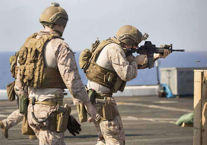 Special Forces Using Drop Leg Holster