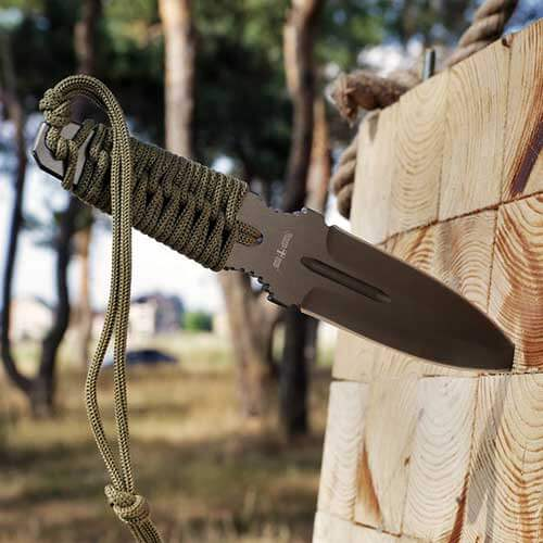 Grand-Way-Throwing-Knife-with-Paracord-Handle