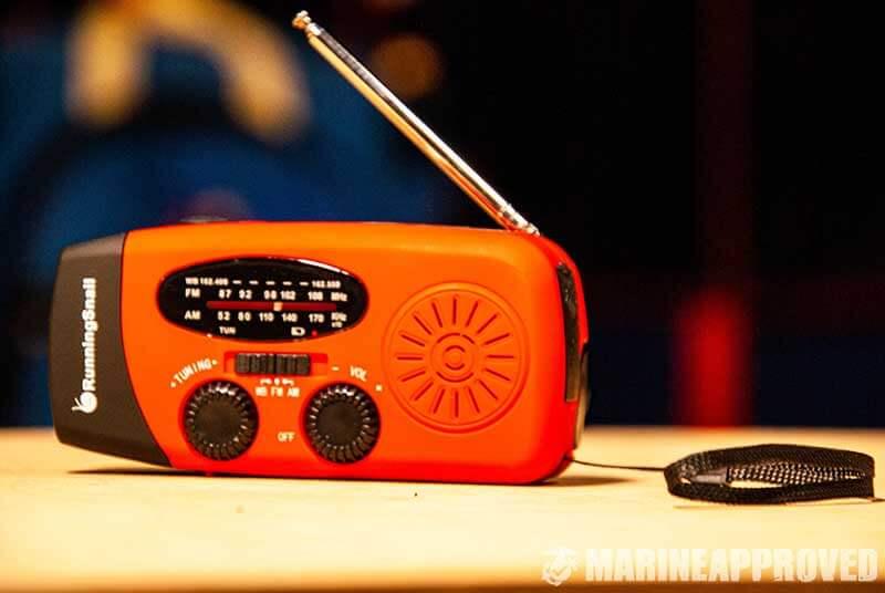 Running Snail Emergency Hand Crank Emergency Radio