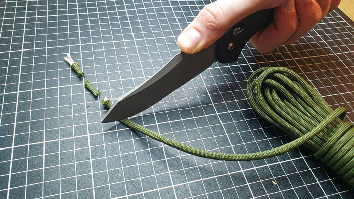 Reverse Tanto Knife Cutting Rope